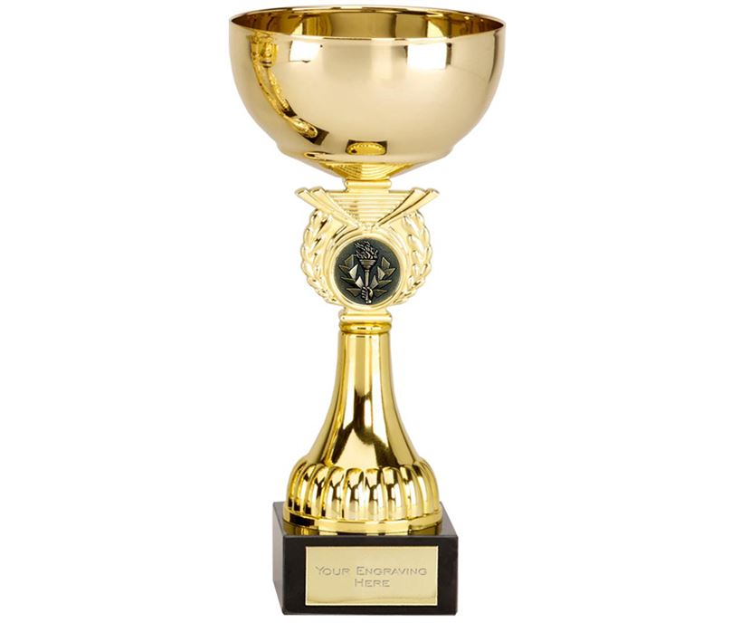 """Crusader Gold Presentation Cup with Centre Disc 17cm (6.75"""")"""
