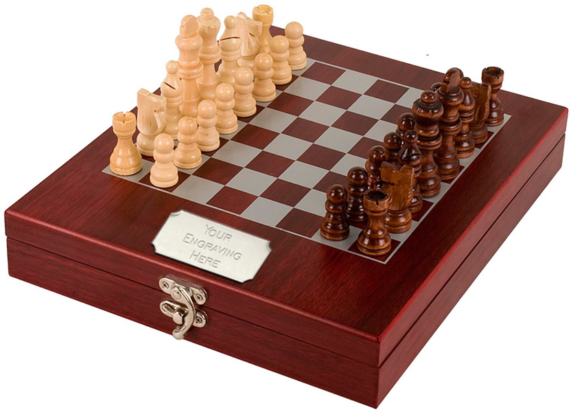 Rosewood Finish Chess Set 23.5cm x 27.5cm