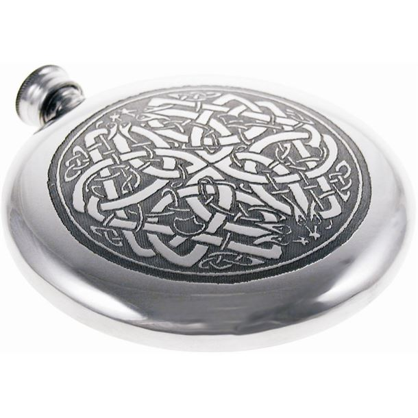 "Round 4oz Celtic Circle Embossed Sheffield Pewter Sporran Flask 10cm (4"")"