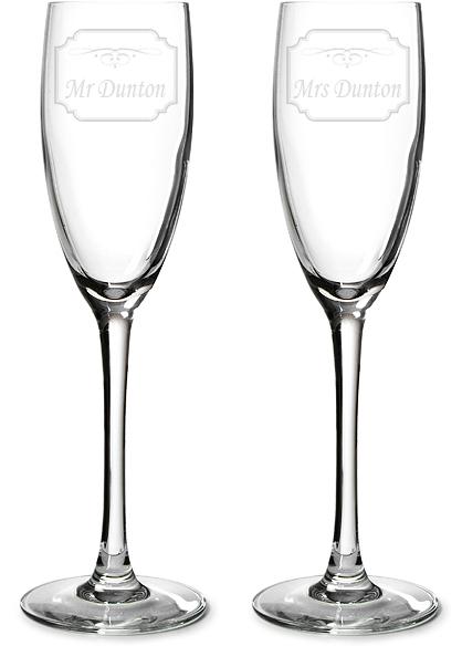 "Mr & Mrs Personalised Champagne Flutes - Label Design 22.5cm (8.75"")"