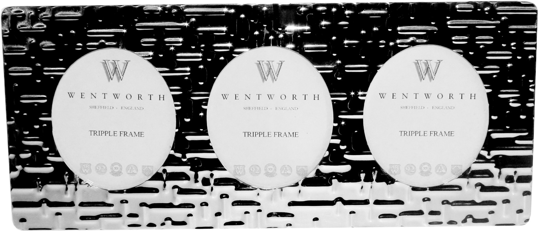 "Silver Pewter Triple Photo Frame with Metropolitan Detail 11cm (4.25"")"