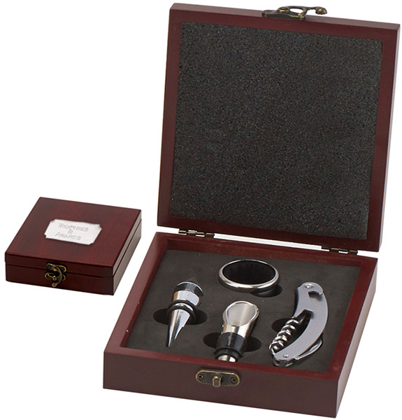 "Rosewood Finish 3 Piece Wine Gift Set 19.5cm (7.75"")"