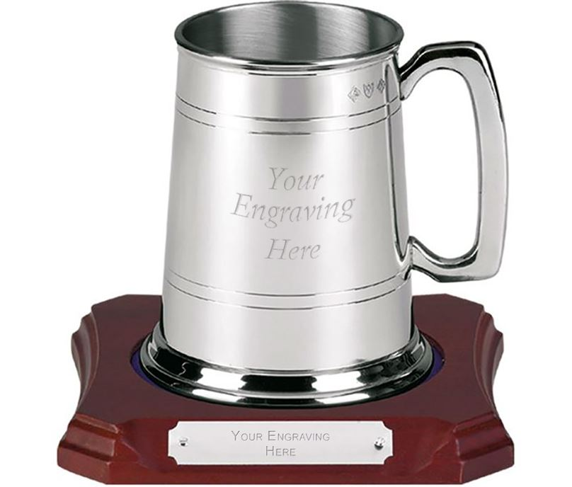 "Traditional 1 Pint Pewter Tankard on Wooden Base 12cm (4.75"")"