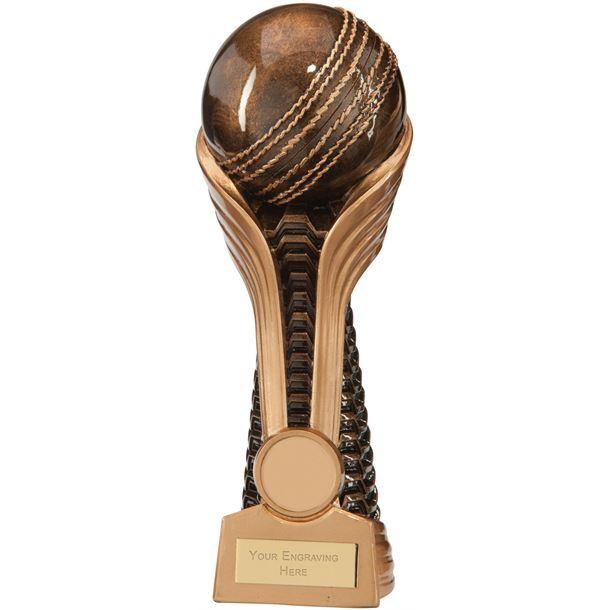 "Gauntlet Cricket Award 21.5cm (8.5"")"
