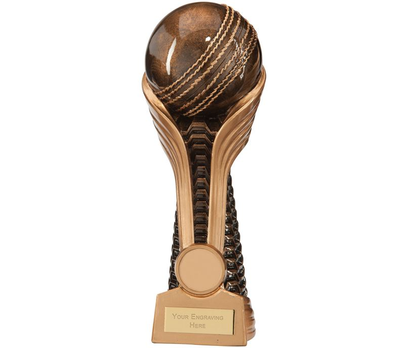 "Gauntlet Cricket Award 18.5cm (7.25"")"
