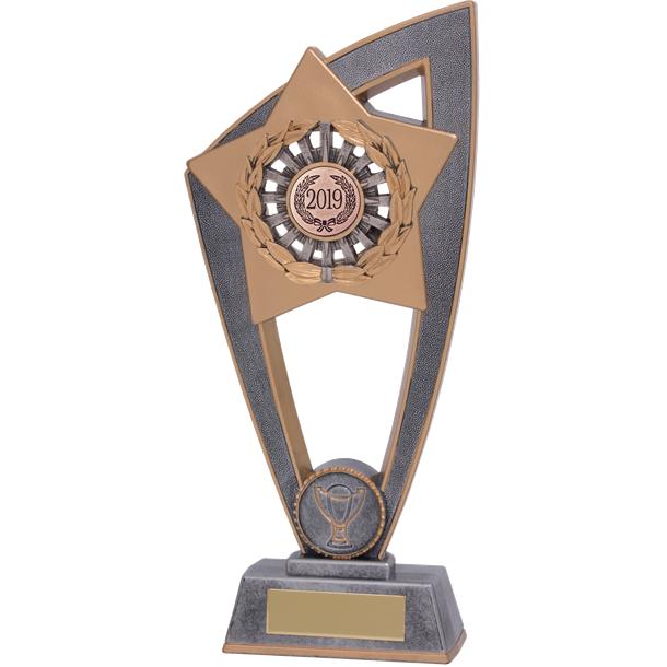 "2019 Star Blast Trophy 18cm (7"")"