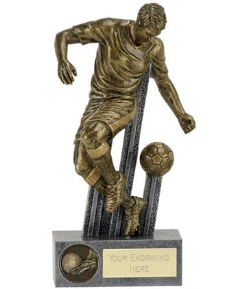 "Attitude Ball Control Football Player 21.5cm (8.5"")"