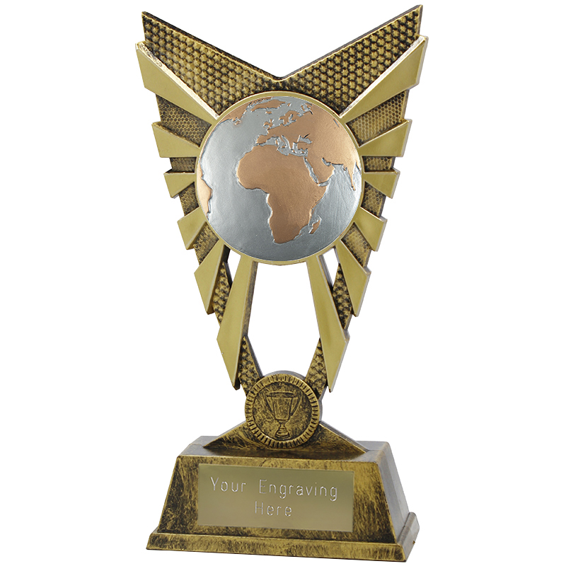 "Valiant Globe Heavyweight Trophy Gold 23cm (9"")"