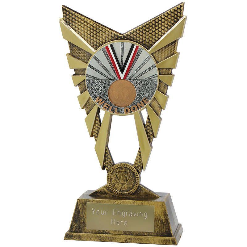 "Valiant Well Done Heavyweight Trophy Gold 23cm (9"")"