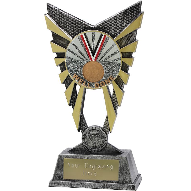 "Valiant Well Done Heavyweight Trophy Silver 23cm (9"")"