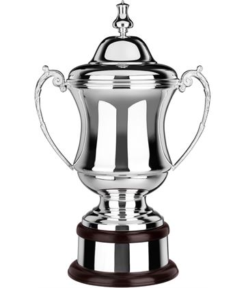 "Silver Plated Plain Conquerors Presentation Cup 47cm (18.5"")"