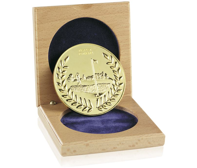 """Cased Gold Finish Nearest The Pin Medal 6.6cm (2.5"""")"""