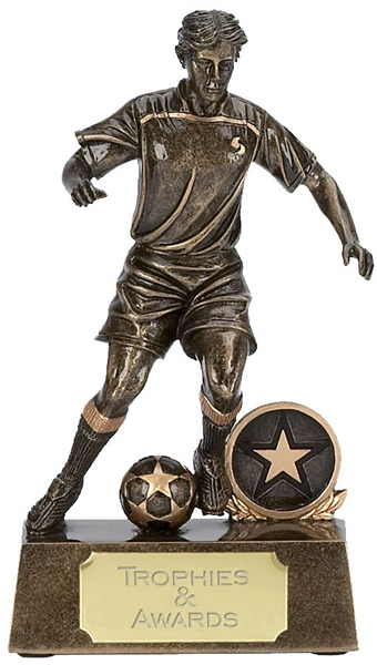 "Male Soccer Player in Action Trophy 13.5cm (5.25"")"