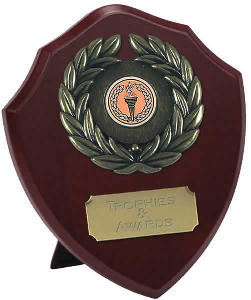 "Traditional Wooden Shield Award 15cm (6"")"
