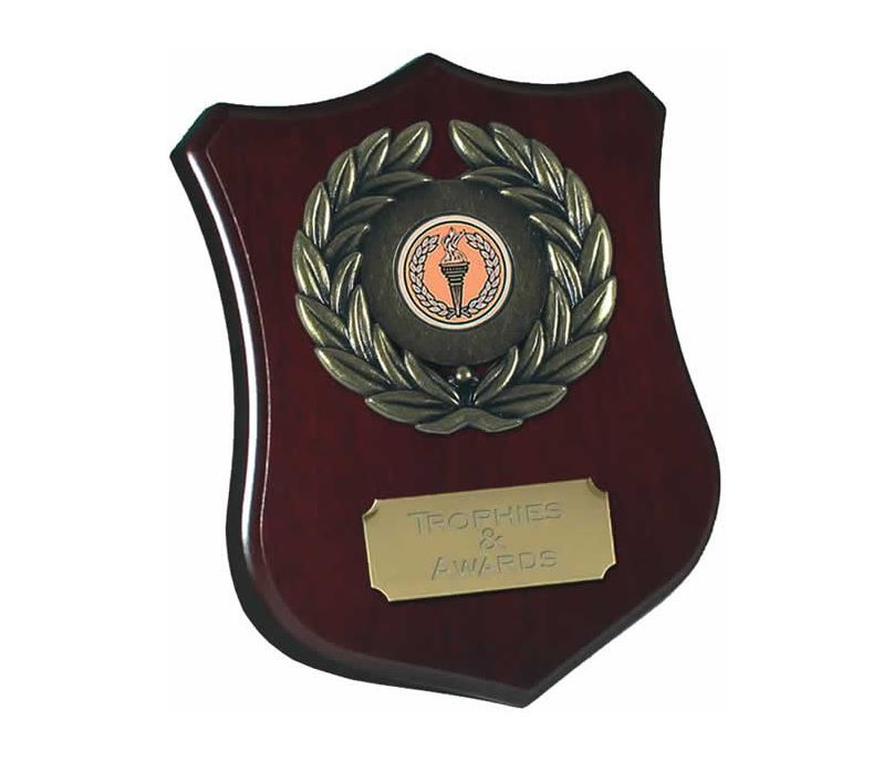 "Wooden Shield Award with Leaf Surround 15cm (6"")"